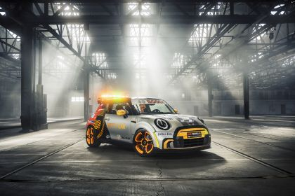 2021 Mini Electric Pacesetter 3