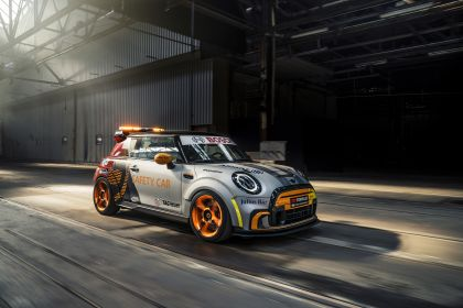 2021 Mini Electric Pacesetter 7