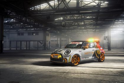 2021 Mini Electric Pacesetter 9