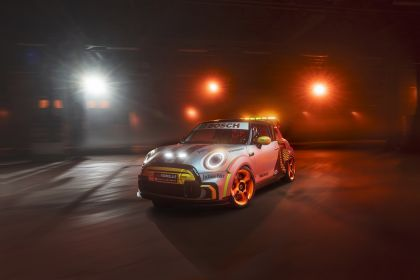2021 Mini Electric Pacesetter 10
