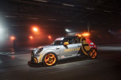 2021 Mini Electric Pacesetter 11
