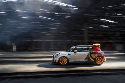 2021 Mini Electric Pacesetter 28