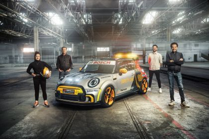 2021 Mini Electric Pacesetter 35