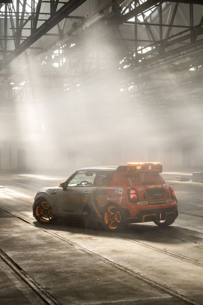 2021 Mini Electric Pacesetter 36