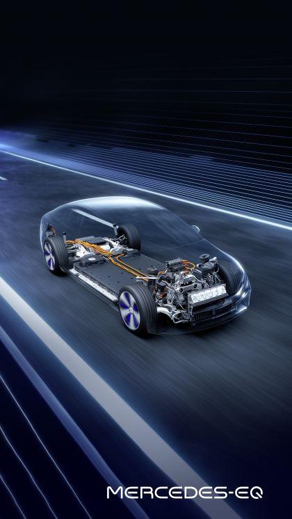 2021 Mercedes-Benz EQS 17