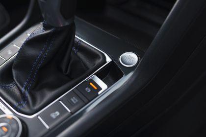 2021 Volkswagen Tiguan R - UK version 81