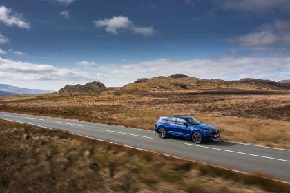2021 Volkswagen Touareg R eHybrid - UK version 22