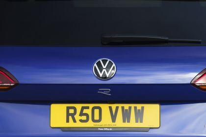 2021 Volkswagen Touareg R eHybrid - UK version 75