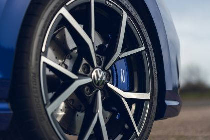2021 Volkswagen Golf ( VIII ) R - UK version 71