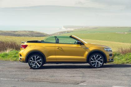 2021 Volkswagen T-Roc cabriolet R-Line - UK version 25