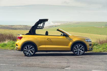 2021 Volkswagen T-Roc cabriolet R-Line - UK version 28