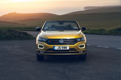 2021 Volkswagen T-Roc cabriolet R-Line - UK version 31