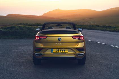 2021 Volkswagen T-Roc cabriolet R-Line - UK version 32