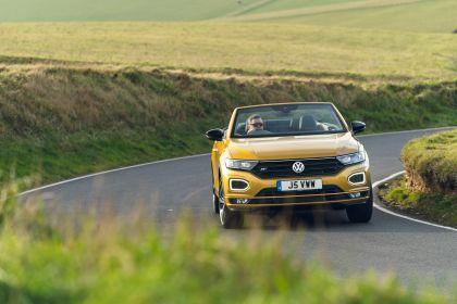 2021 Volkswagen T-Roc cabriolet R-Line - UK version 57