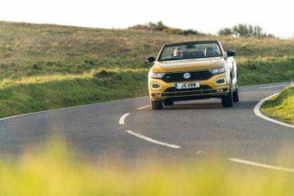 2021 Volkswagen T-Roc cabriolet R-Line - UK version 62