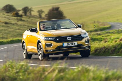 2021 Volkswagen T-Roc cabriolet R-Line - UK version 63