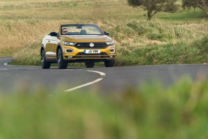 2021 Volkswagen T-Roc cabriolet R-Line - UK version 64