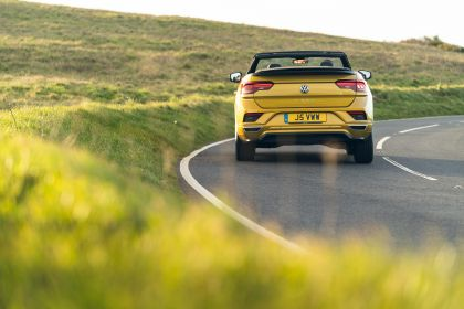2021 Volkswagen T-Roc cabriolet R-Line - UK version 74