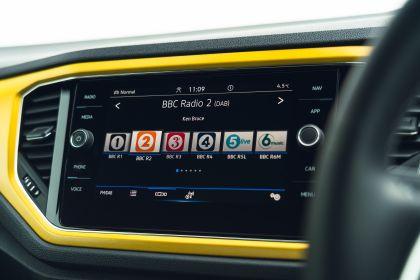 2021 Volkswagen T-Roc cabriolet R-Line - UK version 117