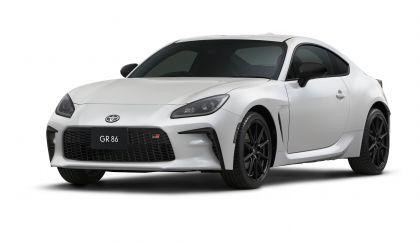 2022 Toyota GR 86 - Japan version 1