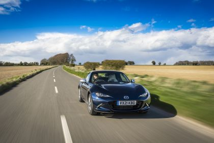 2021 Mazda MX-5 Sport Venture - UK version 17