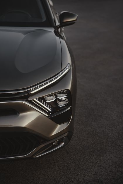 2022 Citroën C5 X 19