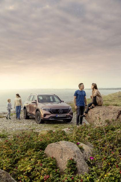 2022 Mercedes-Benz EQB 350 4Matic 7