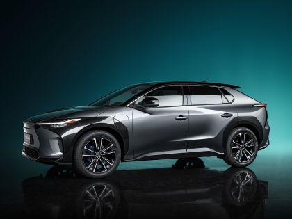 2021 Toyota bZ4X concept 2