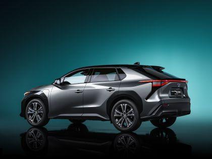 2021 Toyota bZ4X concept 4