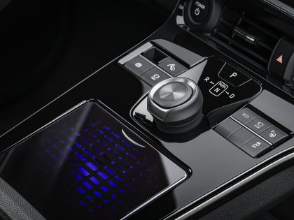 2021 Toyota bZ4X concept 11
