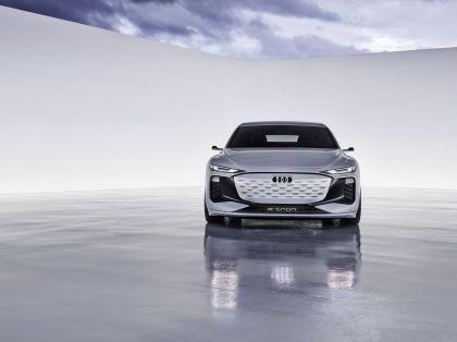 2021 Audi A6 e-tron concept 17