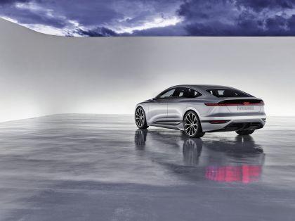 2021 Audi A6 e-tron concept 18