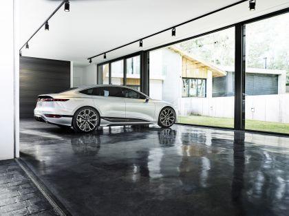 2021 Audi A6 e-tron concept 29