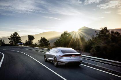 2021 Audi A6 e-tron concept 35