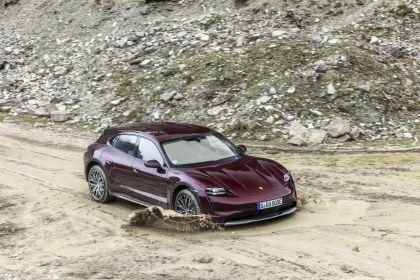 2022 Porsche Taycan 4 Cross Turismo 1