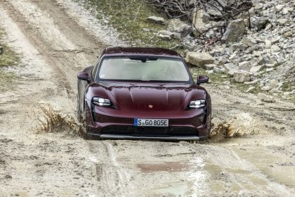 2022 Porsche Taycan 4 Cross Turismo 5