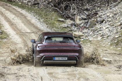 2022 Porsche Taycan 4 Cross Turismo 6