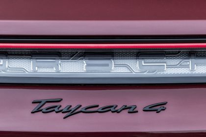 2022 Porsche Taycan 4 Cross Turismo 32