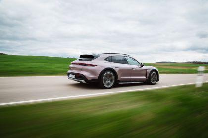2022 Porsche Taycan 4 Cross Turismo 61
