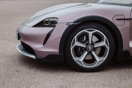 2022 Porsche Taycan 4 Cross Turismo 63