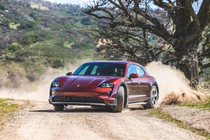 2022 Porsche Taycan 4 Cross Turismo 103