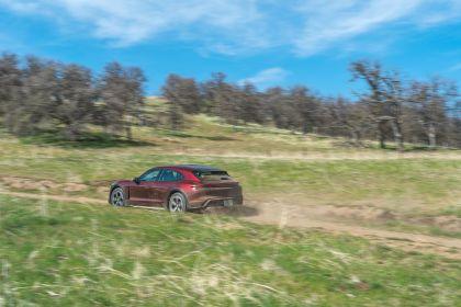 2022 Porsche Taycan 4 Cross Turismo 114