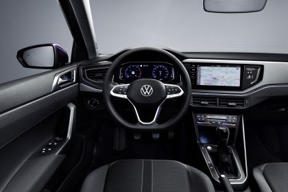 2022 Volkswagen Polo Style 8