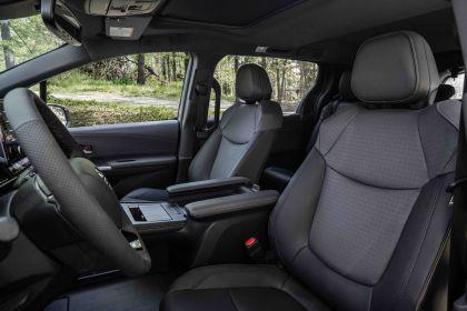 2022 Toyota Sienna Woodland Special Edition 15