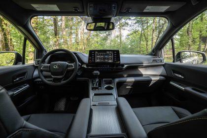 2022 Toyota Sienna Woodland Special Edition 20