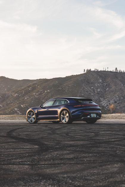 2021 Porsche Taycan Turbo Cross Turismo 5