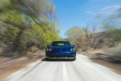 2021 Porsche Taycan Turbo Cross Turismo 41