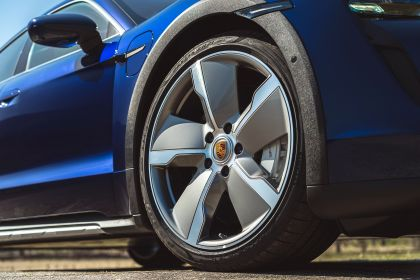 2021 Porsche Taycan Turbo Cross Turismo 71