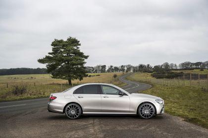 2021 Mercedes-Benz E 220 d - UK version 45