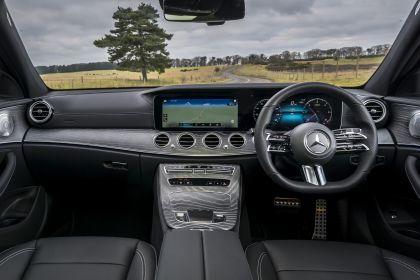 2021 Mercedes-Benz E 220 d - UK version 95